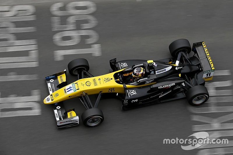 F3 Pau: Fenestraz onbedreigd naar zege nadat rivaal crasht