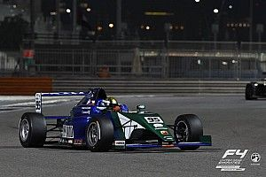 فورمولا 4 الإماراتية: توم بيكهاوسر يفوز بالسباق الرابع والأخير في أبوظبي
