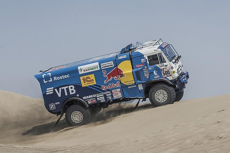 Dakar, Camion, Tappa 4: Nikolaev svetta sul Kamaz, Villagra perde mezz'ora
