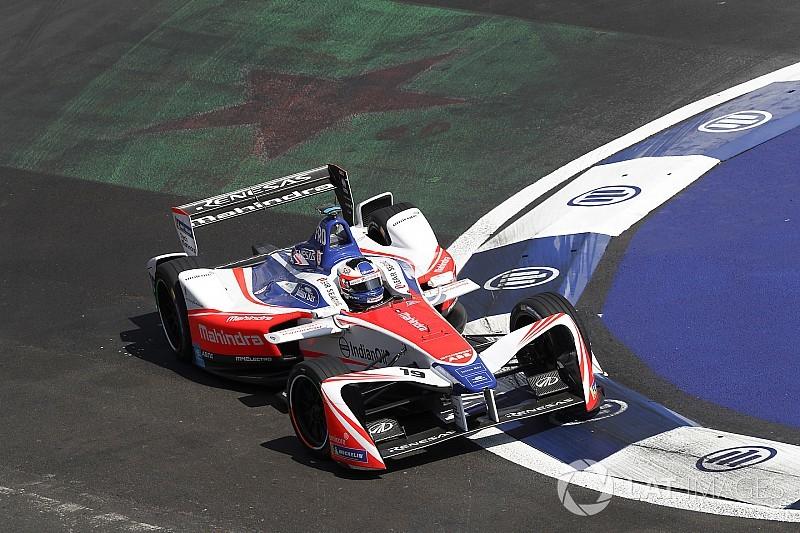 Rosenqvist sobra no México e é pole; Piquet é 7º