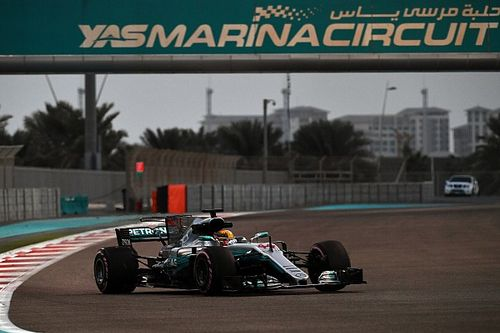 "Hypersoft ""the best tyre"" since Pirelli's F1 return - Hamilton"