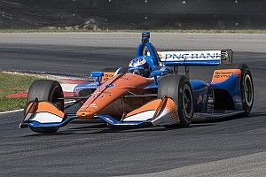 Dixon to remain with Ganassi