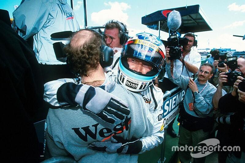 51 éves lett Mika Häkkinen, a finn legenda, aki legyőzte Schumachert