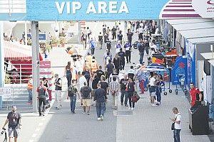 GP Qatar: paddock blindato, ma tribune aperte