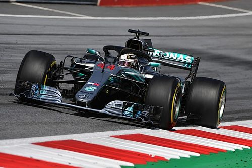 Mercedes defende estrategista após erro no GP da Áustria