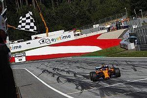 Mélyrepülésben a McLaren: 2 pontra a 7. helytől