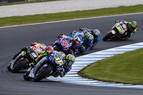 "Australia battles force Rossi to reconsider ""vintage"" approach"