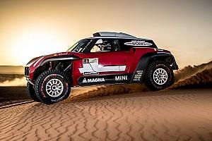Dakar Conferenza stampa Dakar 2018: la Mini sfida la Peugeot con un buggy 2 ruote motrici