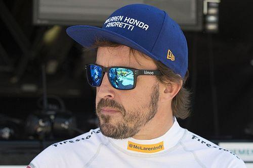 """ماريو أندريتي: ألونسو """"مرشحٌ"""" لإنهاء سباق """"إندي 500"""" ضمن الخمسة الأوائل"""