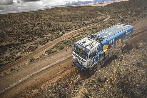 Dakar 2017, Stage 7: Sotnikov eats into De Rooy's advantage
