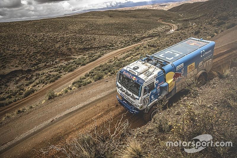Dakar 2017, Stage 7: Sotnikov eats into De Rooy's advantage