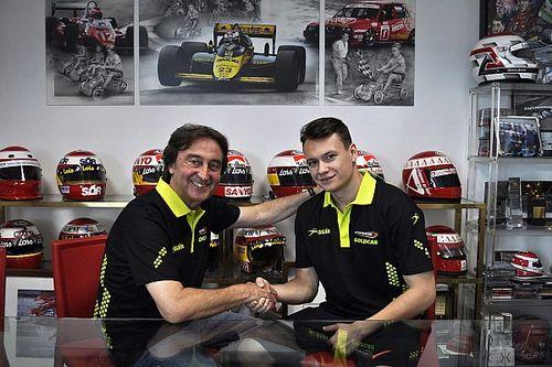 Румынский гонщик получил место в Campos вместо Сироткина