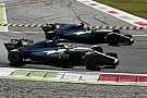 Sokkal nehezebb versenyre számít a Mercedes Szingapúrban
