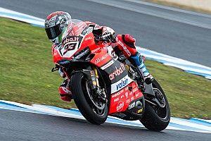 Ducati: Melandri OK con gomma nuova. Davies forte sul passo gara