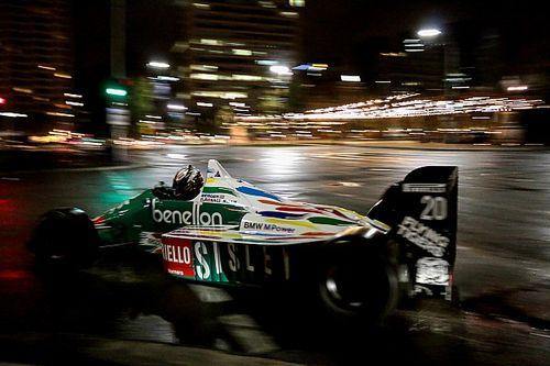 Lowndes, Adelaide'de F1 aracı kullanacak