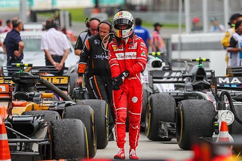"""Vettel: """"Alonso dice di essere un fan Ferrari? Non mi è sembrato..."""""""