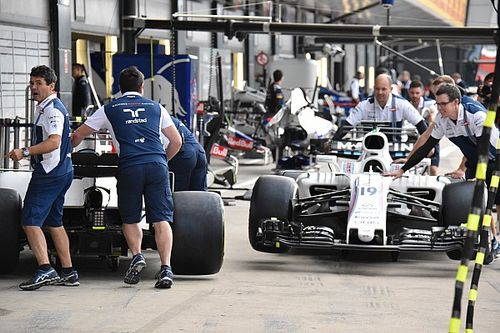 Williams splits update package at British GP