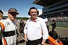 McLaren, her iki araçla finişi hedefliyor