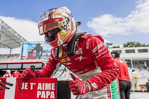 Leclerc draagt F2-pole op aan overleden vader