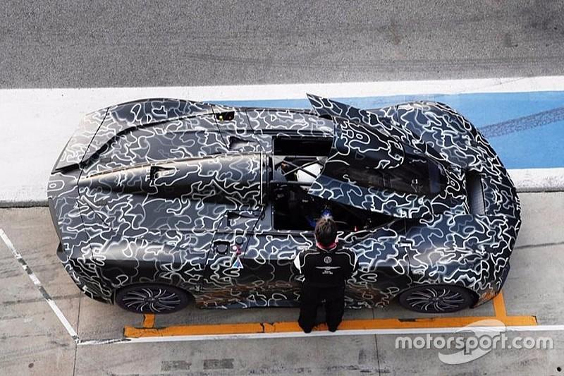 Techrules - La supercar à turbine en roulage à Monza