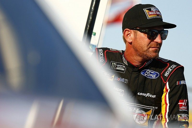 """Bowyer """"bummed"""" to miss the playoffs, but """"a win is what I'm after"""""""