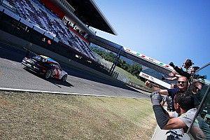 Tripletta di Ledogar al Mugello nella Carrera Cup Italia