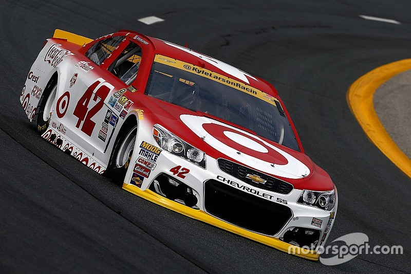 Larson tops Saturday morning Sprint Cup practice