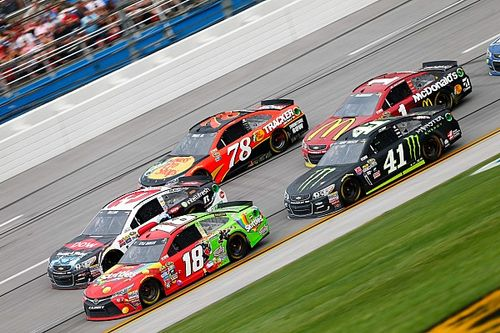 """Kyle Busch """"hates"""" plate racing: """"I'd much rather sit at home"""""""