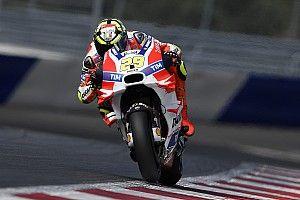 Austria MotoGP: Iannone leads Dovizioso in morning warm-up