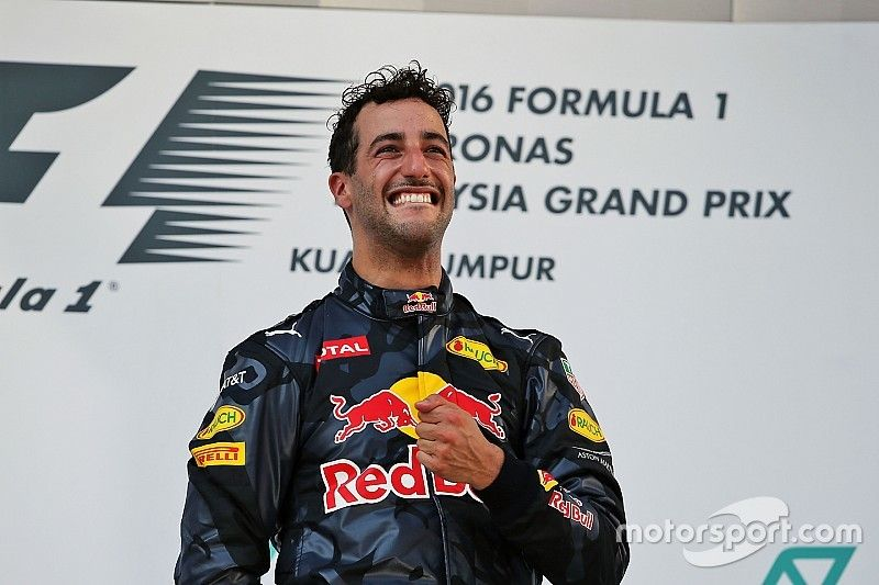 """""""Pretty emotional"""" Ricciardo dedicates win to Bianchi"""