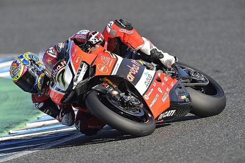 Jerez WSBK: Davies takes third straight win in Race 1