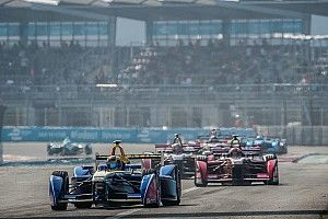 Double podium for Renault e.dams amongst Mexican madness