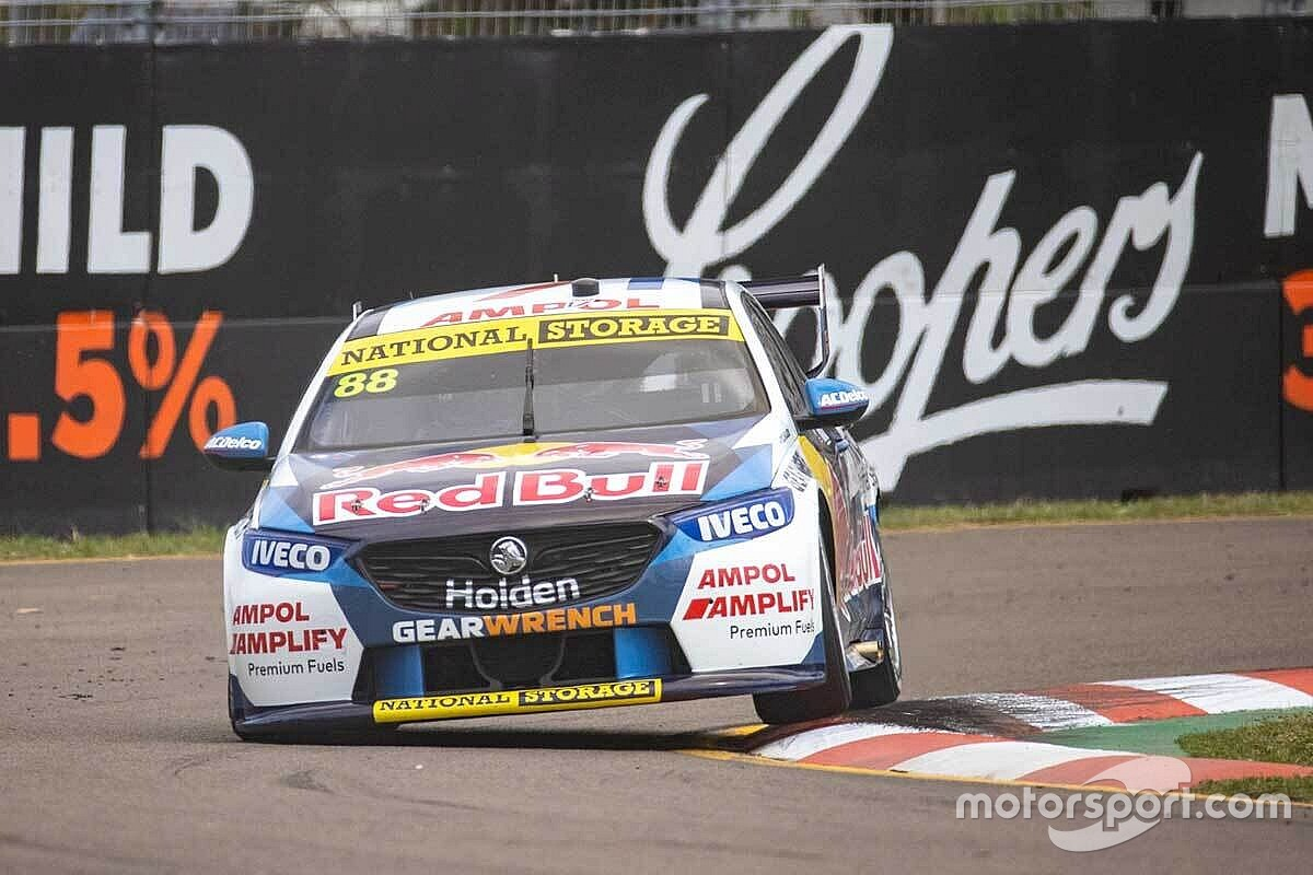 Townsville Supercars: Whincup on pole, McLaughlin misses Shootout
