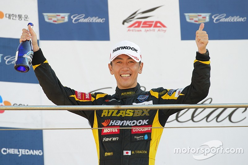 韓国スーパーレースで柳田真孝が今季初優勝。最終ラップの大逆転劇