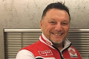 Lowes bereuni kembali dengan Gresini Racing