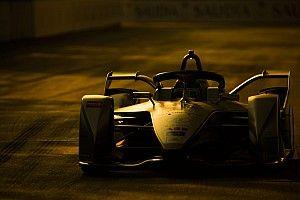 """Villeneuve : """"Personne ne veut voir de courses de voitures électriques"""""""