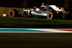 Mercedes: eddig úgy fest, rendben van Hamilton motorja