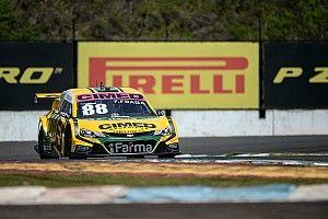 Fraga voa e arranca pole de Barrichello em Londrina
