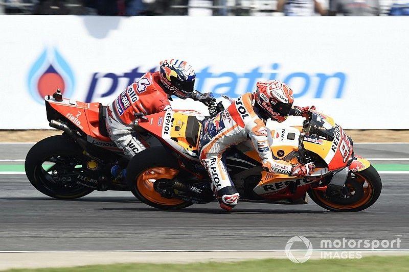 Marquez verslaat Dovizioso in spectaculaire GP van Thailand