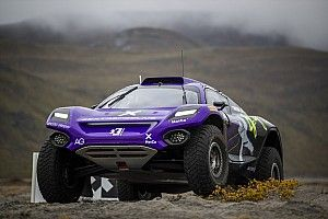 Arctic X-Prix: X44 holds top spot in qualifying, issues hit rivals