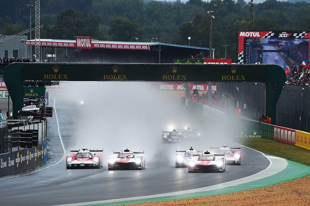 Deszczowy początek Le Mans
