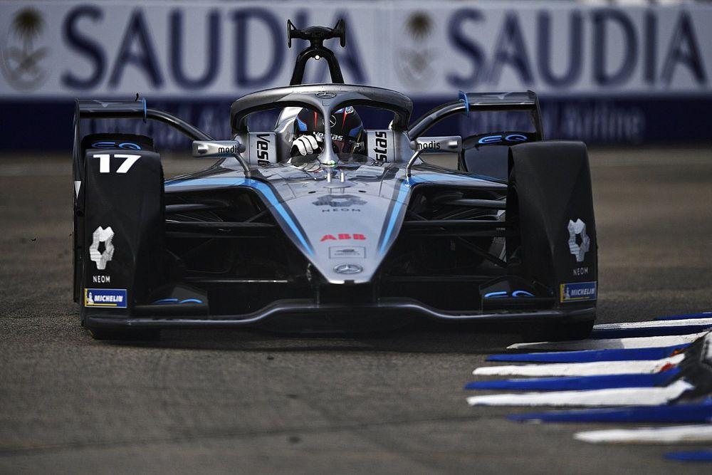 Berlin E-Prix: Points leader de Vries tops opening practice for Mercedes