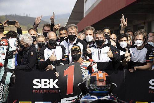 SBK: Van der Mark riporta BMW al trionfo ed entra nella storia del marchio
