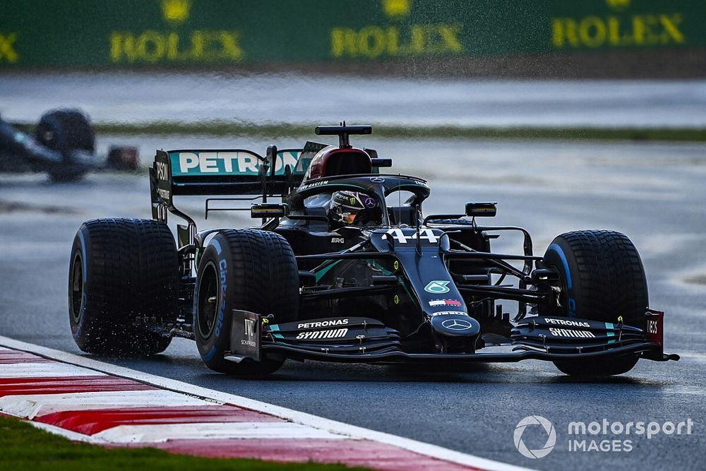 """Hamilton a un objectif en course : """"Rester sur la piste !"""""""