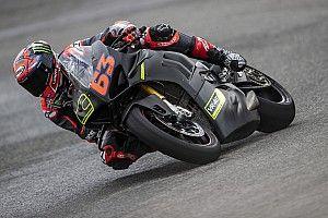 Gap Ducati GP21 dengan Motor Produk Massal