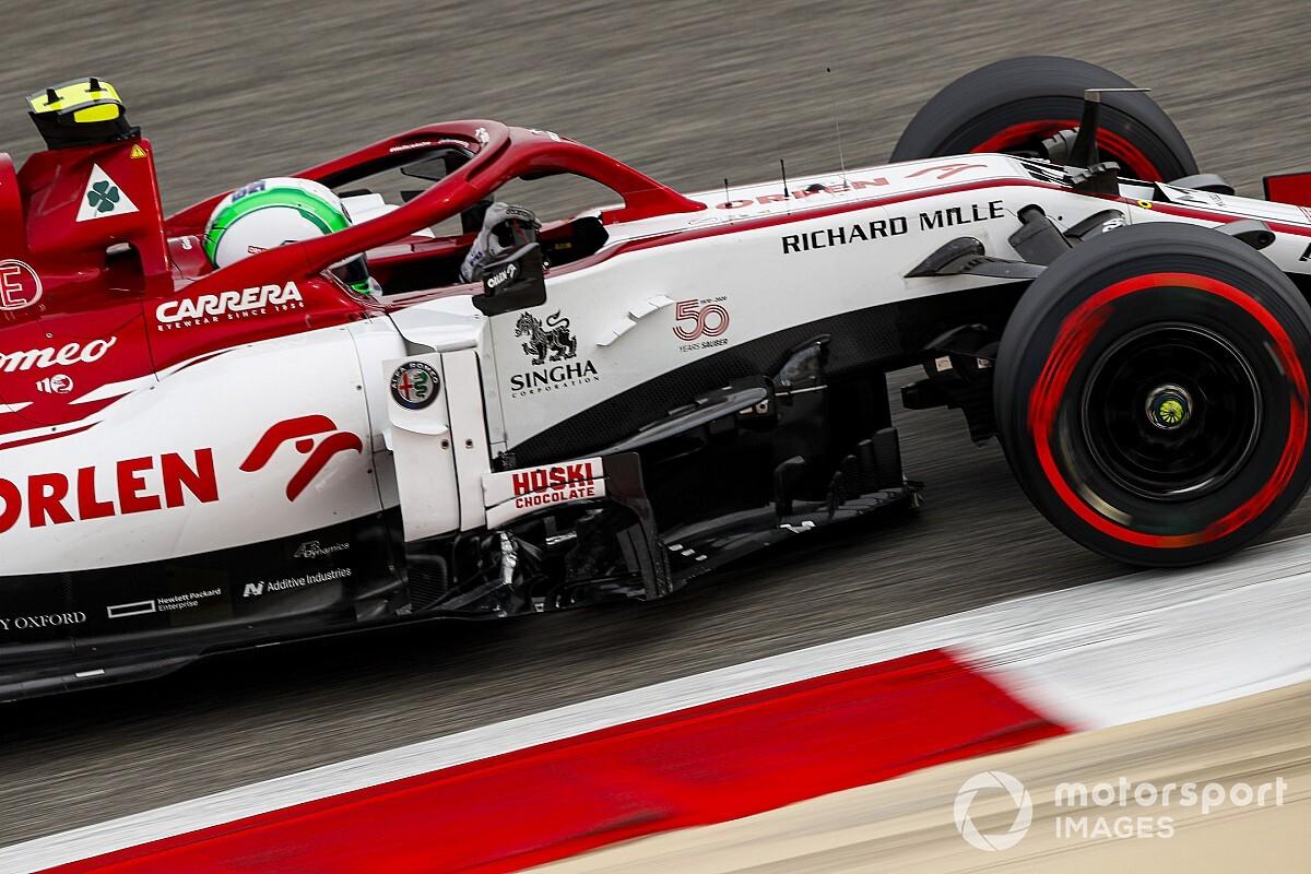 "Alfa Romeo wants ""improving"" Giovinazzi to be a team leader"