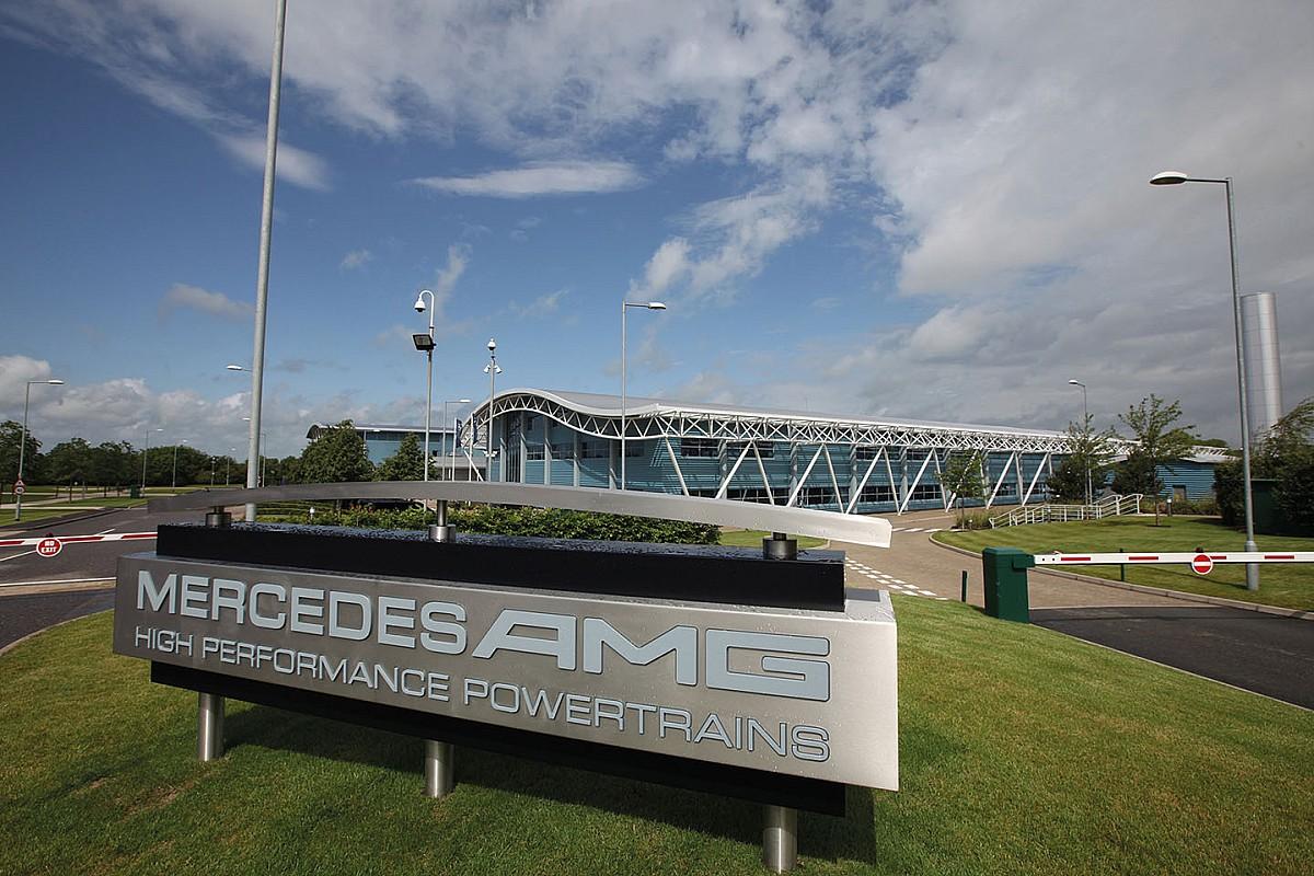 Mercedes przekształcił fabrykę