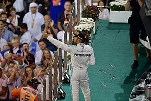 "Hamilton a ""hero second to none"" - Carey"