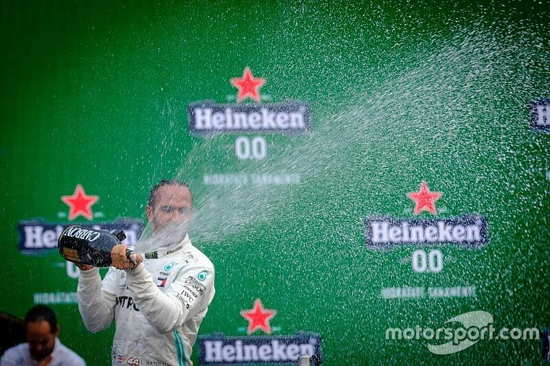 Hamilton egy nagyon nehéz évről beszél, és szerinte bármi megeshet