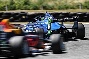 Após vitória de Collet, Fraga garante pódio e mantém vice-liderança da Toyota Racing Series